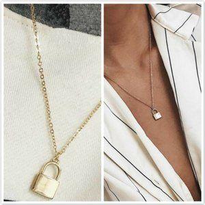NWOT Gold Padlock Necklace